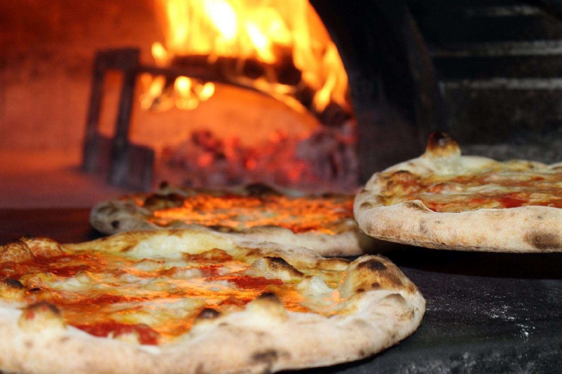 Pizzeria Metra mit Lieferservice in Bochum.